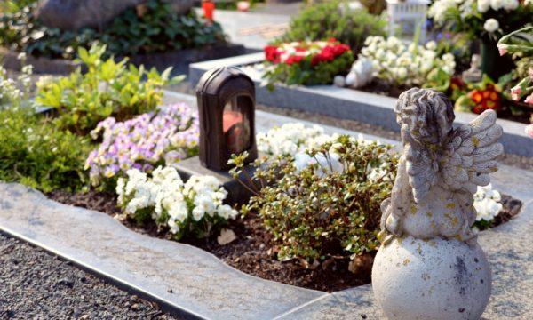 Wysokie ceny miejsc na cmentarzach