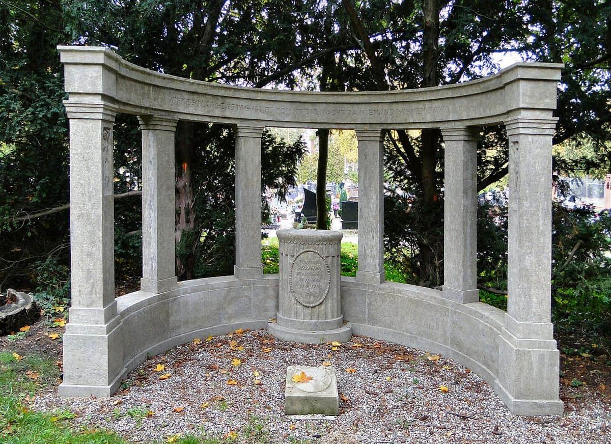 Szczecin cmenatrz Centralny nagrobek rodziny Kissling