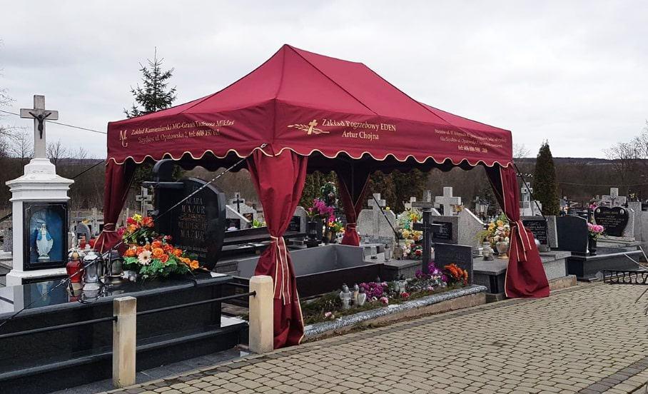 Namiot pogrzebowy z logiem Zakład Pogrzebowy Eden Artur Chojna