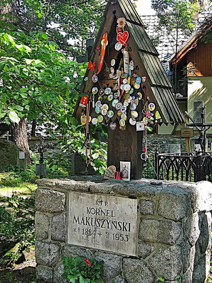 Zakopane Cmnetarz naPeksowym Brzyzku, grób Kornela Makuszyńskiego